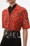 班达那印花夏威夷衬衫